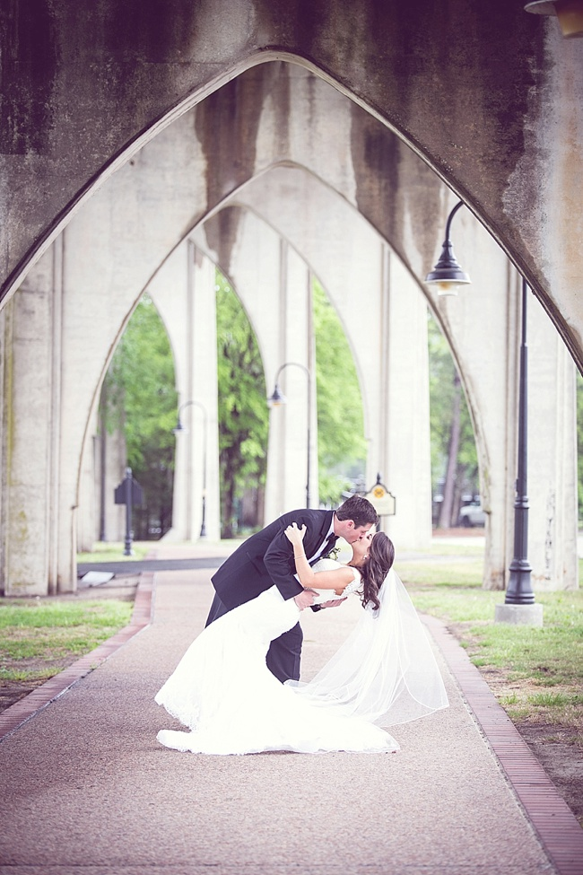 Post image for Beth & Travis {Private Residence}