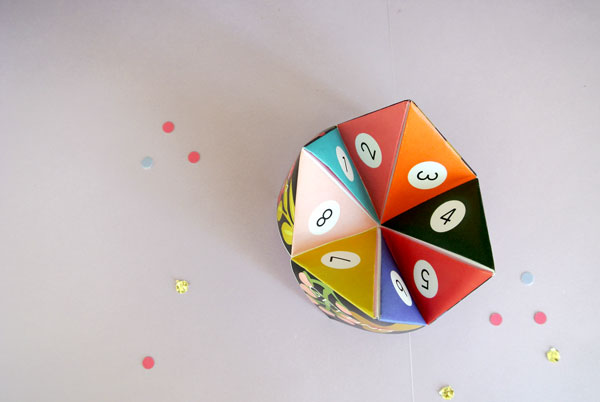 Post image for We've Got Cooties! {DIY Wedding Cootie Catchers}