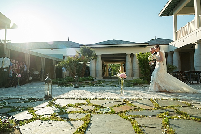 Post image for Lisa & Ryan {North Beach Plantation}
