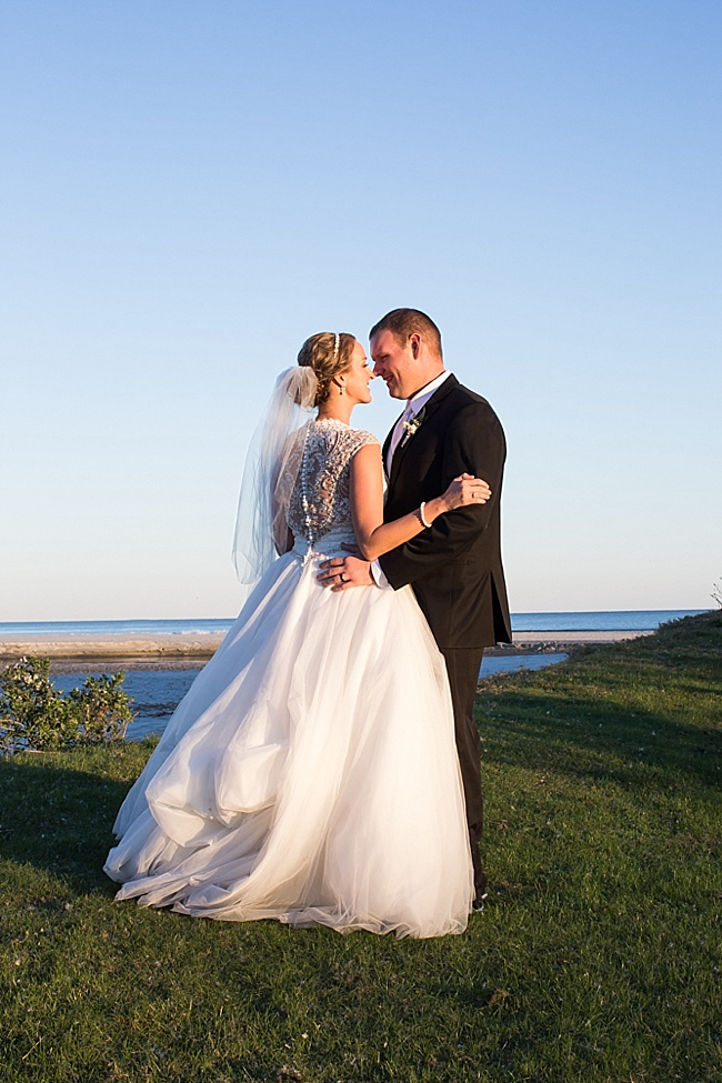 Post image for Stacey & Aaron {The Dunes Club}